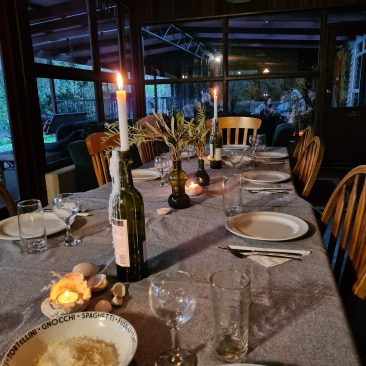 Boranup-Forest-Retreat-outdoor-dining-2